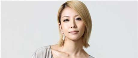 BoA celebrates 10th year since debut in Japan