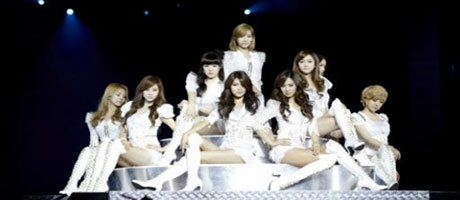 SNSD successfully finishes off their concert in Singapore!
