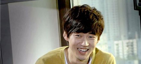 Yoon Kye-sang to star in sitcom High Kick 3