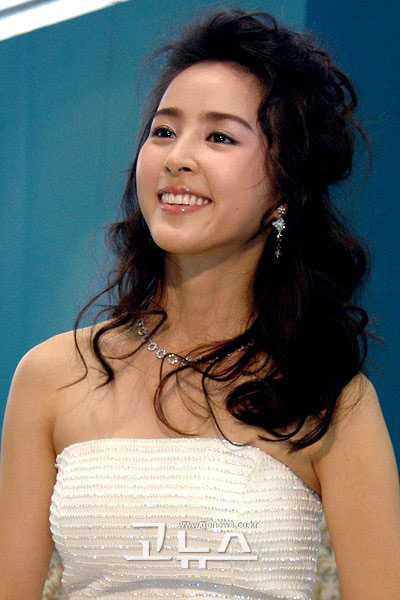 Han Hye Jin korean actress