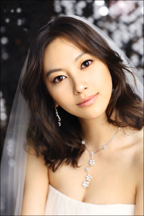 Shin Ae korean actress