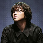 Sung Si Kyung K-Pop Singer MV
